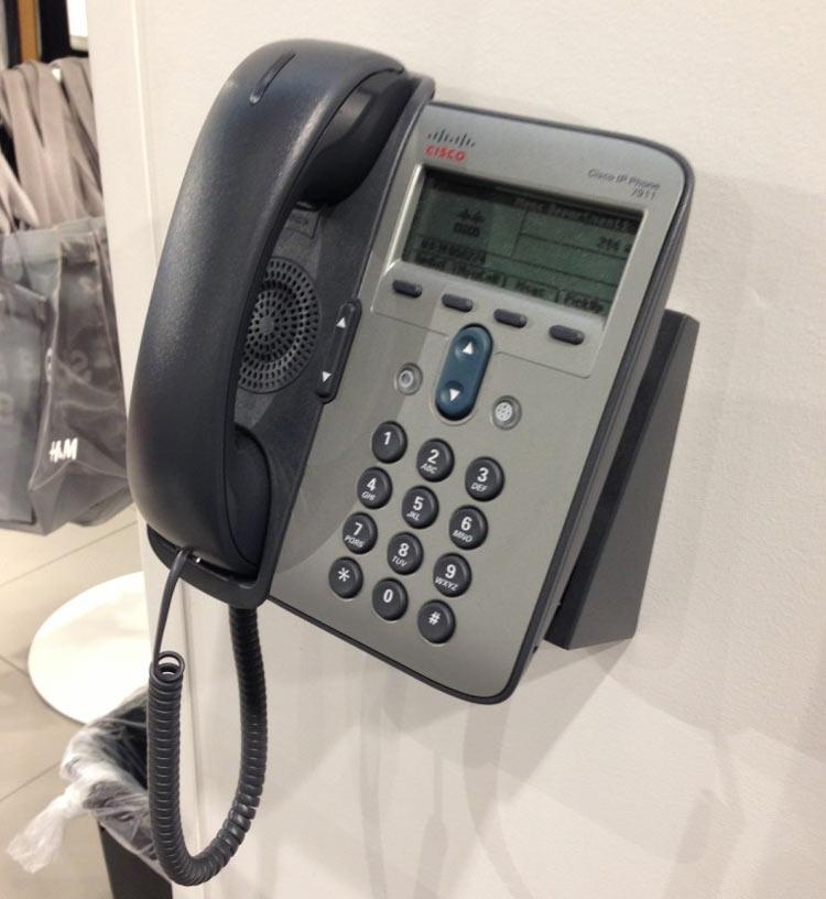 نصب شده بر روی دیوار Cisco 7911G IP Phone