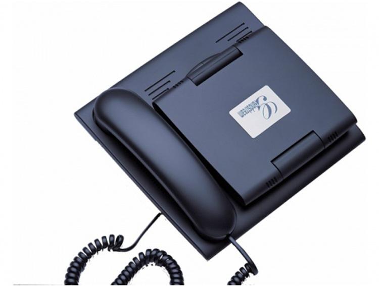 نمای روبرو با در بسته Grandstream GXV3005 Video IP Phone