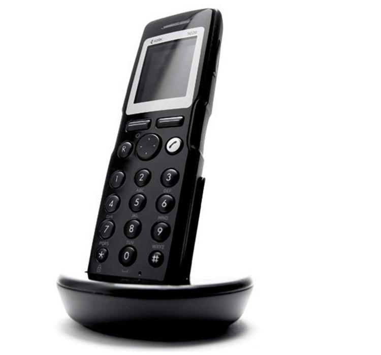 نمای بغل همراه با پایه Polycom Kirk 5020 Handset Dect Phone
