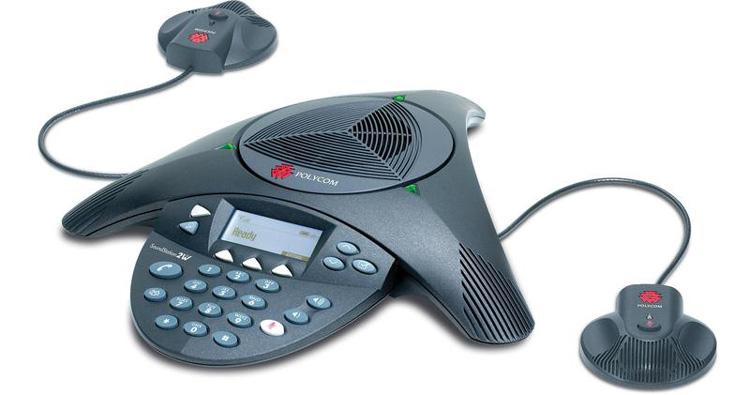 نمای روبرو همراه با بلندگو Polycom SoundStation IP 4000