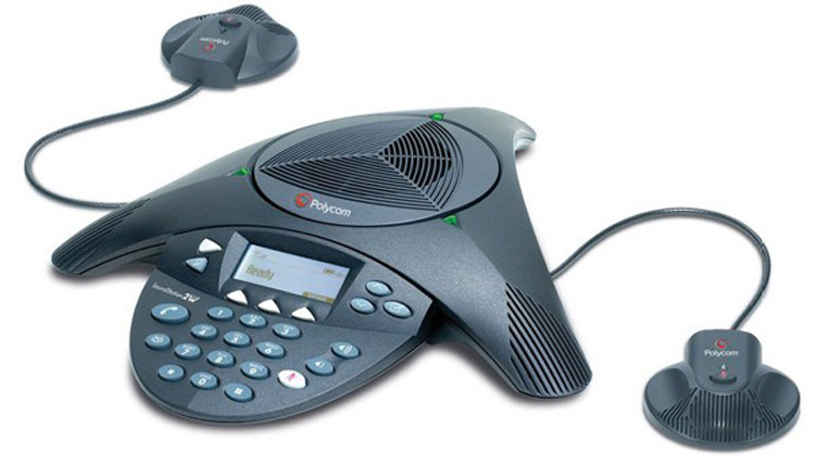 نمای روبرو Polycom Soundstation 2 conference phone