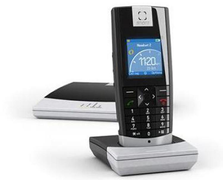نمای جلو با پایه  Snom M3 Handset Dect Phone